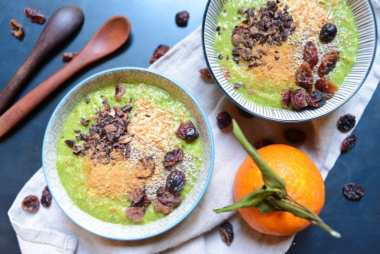 Immune-Boosting Green Smoothie Bowl Recipe